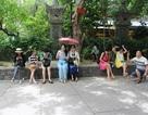 """Nha Trang: Khách sạn hạ giá """"vô tội vạ"""" để đón khách Trung Quốc"""