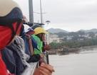 Thi thể 2 cha con bị cuốn xa 10 hải lý trên biển Nha Trang