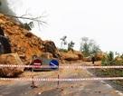 Đường Nha Trang - Đà Lạt tê liệt vì sạt lở hàng nghìn khối đất đá