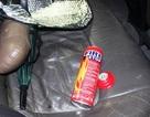 Bình cứu hỏa trong xe ô tô con bất ngờ phát nổ