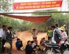 Dân dựng lán chặn xe chở rác: Dừng chất tải cho bãi rác tự phát