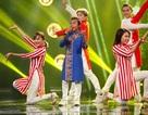 """Gây """"náo loạn"""" vì hát nhạc pop, Hồ Văn Cường thẳng tiến vào chung kết"""
