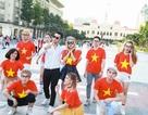 Phạm Hồng Phước nhảy flashmob gây xôn xao phố đi bộ Nguyễn Huệ
