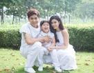 Gia đình Tim - Trương Quỳnh Anh nắm chặt tay cùng diễn thời trang