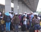 Dòng người tấp nập ở ga Sài Gòn ngày đầu kỳ nghỉ lễ