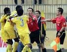 Vấn nạn trọng tài: Từ World Cup đến V-League