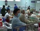 Sau tiệc cưới, hơn 80 người nhập viện vì nôn, đau bụng…
