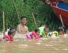 Ngành giáo dục vùng sông nước nỗ lực dạy bơi cho học sinh