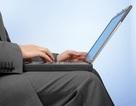 Tác hại khủng khiếp của việc đặt laptop trên đùi để làm việc