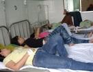 Sau bữa cơm trưa 80 công nhân nhập viện