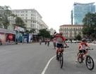 """""""Ông Tây"""" đạp xe xuyên Việt gây quỹ giúp trẻ em Việt Nam phẫu thuật tim"""