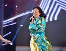 Ca sỹ Nguyễn Phi Hùng, Vân Khánh, Đoan Trang gây ấn tượng với áo dài rực rỡ