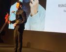"""Issac bất ngờ được trao giải """"Ngôi sao mới"""" của LHP Busan"""