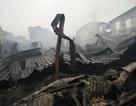 Vụ cháy hàng trăm ki-ốt chợ: Tiểu thương truy trách nhiệm BQL chợ