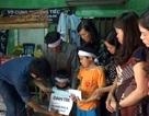 Quỹ Nhân ái hỗ trợ nóng 10 triệu đồng đến 2 bé thơ mất mẹ trong lũ