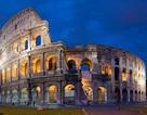Bị phạt gần 500 triệu đồng vì khắc tên lên đấu trường La Mã