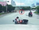 2 tên cướp túi xách bất thành bị camera ghi lại lĩnh án