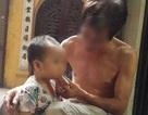 Vụ ông cho cháu hút thuốc lá: Trẻ có thể lên cơn hen, đột tử