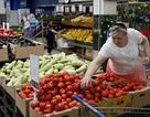 Ukraine cấm vận thực phẩm Nga