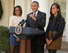 Tổng thống Obama cũng sợ... rơi nước mắt