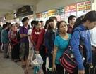 """Cửa ngõ thành phố ùn ứ vì người dân """"kéo nhau"""" rời Sài Gòn đi nghỉ lễ"""