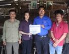 Trao thêm gần 15 triệu đồng đến gia đình bé Đinh Văn Sa