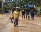 Lũ dâng cao cả mét, hơn 2.000 học sinh TP Biên Hòa nghỉ học