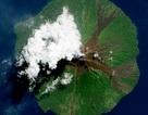 Ấn tượng ảnh núi lửa phun trào nhìn từ vũ trụ