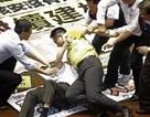 Nghị sỹ Đài Loan đánh nhau vì dự án điện hạt nhân