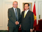 Thủ tướng tiếp Bộ trưởng Quốc phòng, lãnh đạo ĐCS Pháp