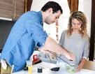 Cô gái trẻ và dự án chia sẻ tình yêu bên căn bếp