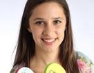 Cô gái 15 tuổi trở thành tỷ phú nhờ kinh doanh dép xỏ ngón