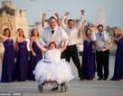 Cảm động đám cưới của cô gái bị bệnh xương thủy tinh