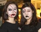 Bạn trẻ Hà Thành hóa ma quỷ chơi Halloween sớm