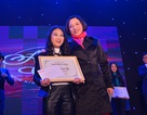 Cô bé lớp 6 hát rock ấn tượng đăng quang Ams' Got Talent