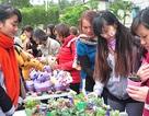 Bạn trẻ hiến máu, bán đồ handmade vì cộng đồng