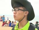 """Bạn trẻ tình nguyện gom rác bảo vệ du lịch xứ """"hoa vàng trên cỏ xanh"""""""