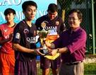 Sôi động giải bóng đá sinh viên Việt - Lào
