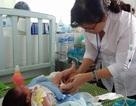 Bình Định: Bé trai 23 ngày tuổi bị hoại tử tinh hoàn hiếm gặp