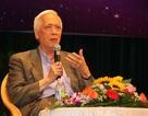 Giáo sư Trịnh Xuân Thuận giao lưu với công chúng yêu khoa học ở Bình Định