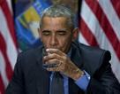 Tổng thống Obama uống nước tại vùng nhiễm chì để trấn an người dân