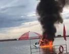 Video trực thăng Trung Quốc lao xuống sông, cháy ngùn ngụt