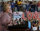 Bà Clinton trở lại đường đua sau thời gian dưỡng bệnh