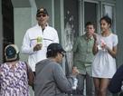 Gia đình Obama đi lặn biển, ăn món khoái khẩu đầu năm mới