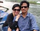 Danh ca Chế Linh cùng vợ đi vãn cảnh quê hương
