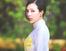 Á hậu Trà Giang mang áo dài Việt đi Châu Âu