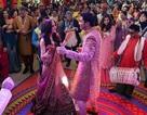 """Choáng ngợp trước hôn lễ Ấn Độ của… """"cô dâu bạc tỉ"""""""