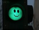 """Những cột đèn giao thông """"biết gây cười"""""""