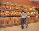 """Đất nước đầu tiên trên thế giới cấm các siêu thị vứt thực phẩm """"ế"""""""
