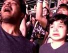 Nước mắt của cậu bé mắc chứng tự kỷ trong đêm nhạc rock gây xúc động